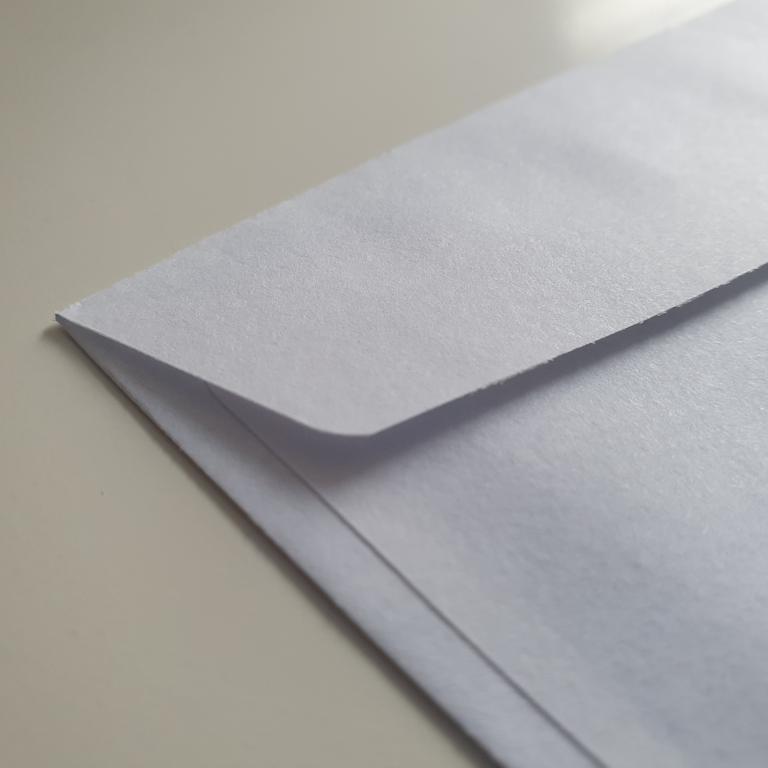 dichtgeplakte envelop open krijgen